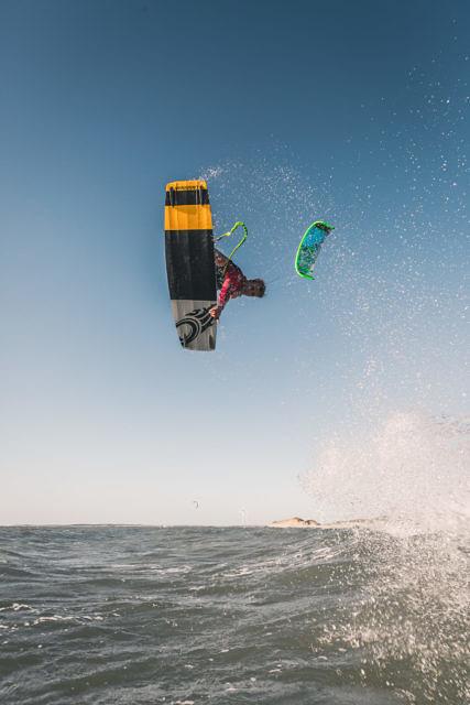 Sjoerd Klabbers kitesurfing at Neeltje Jans