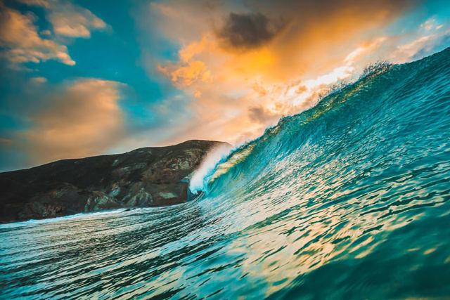 Castelejo waves