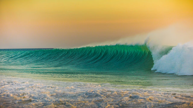 Bonaire waves