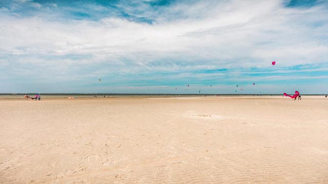De Roompot beach kitesurfing