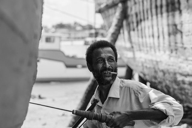 Kenya - Mombasa, maintenance on the fishing boats